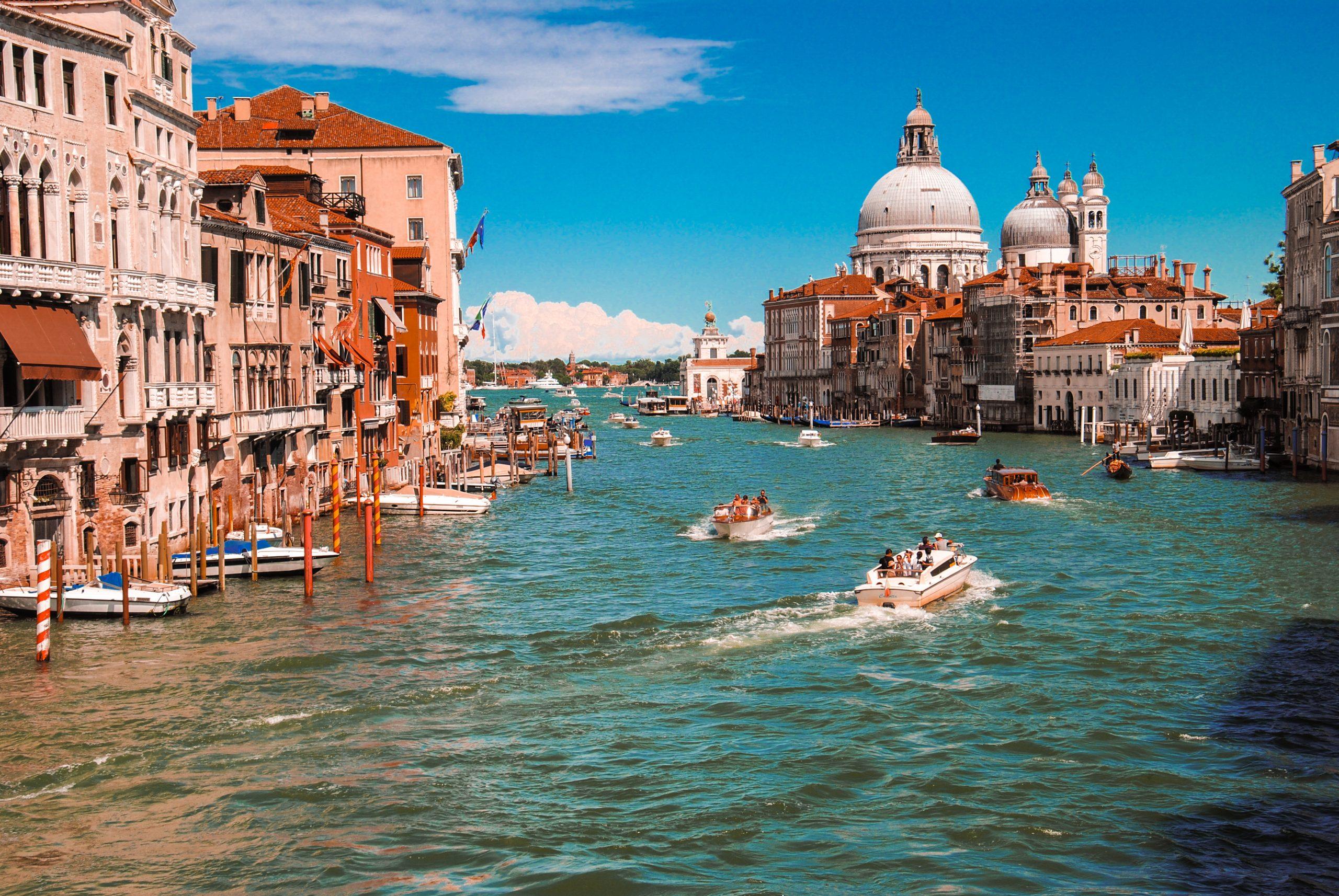 Aventura - Travel booking WordPress Theme